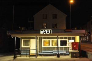 Last exit: Taxistand. Mit dem Taxi sollte es möglich sein, frischen Stockfisch zu besorgen ...